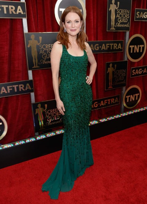 Julianne Moore in Givenchy Couture at 2015 SAG Awards