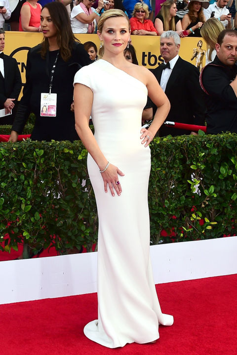 Reese Witherspoon in Giorgio Armani at 2015 SAG Awards