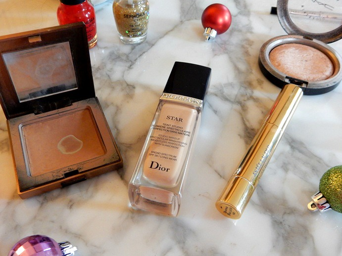 Holiday Makeup Essentials - Dream in Lace