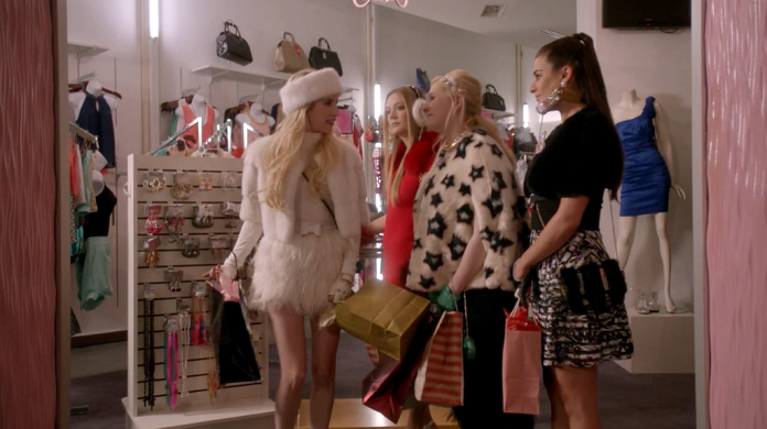How to Be Chanel Oberlin - Scream Queens Black Friday