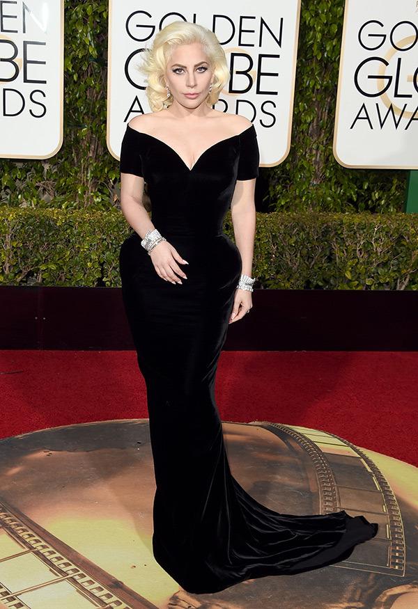 lady-gaga-versace-golden-globes-2016-best-dressed