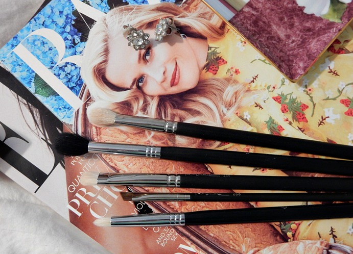 5-eyeshadow-makeup-brushes-i-cant-live-without-2