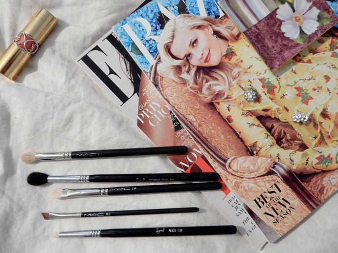 5-eyeshadow-makeup-brushes-i-cant-live-without