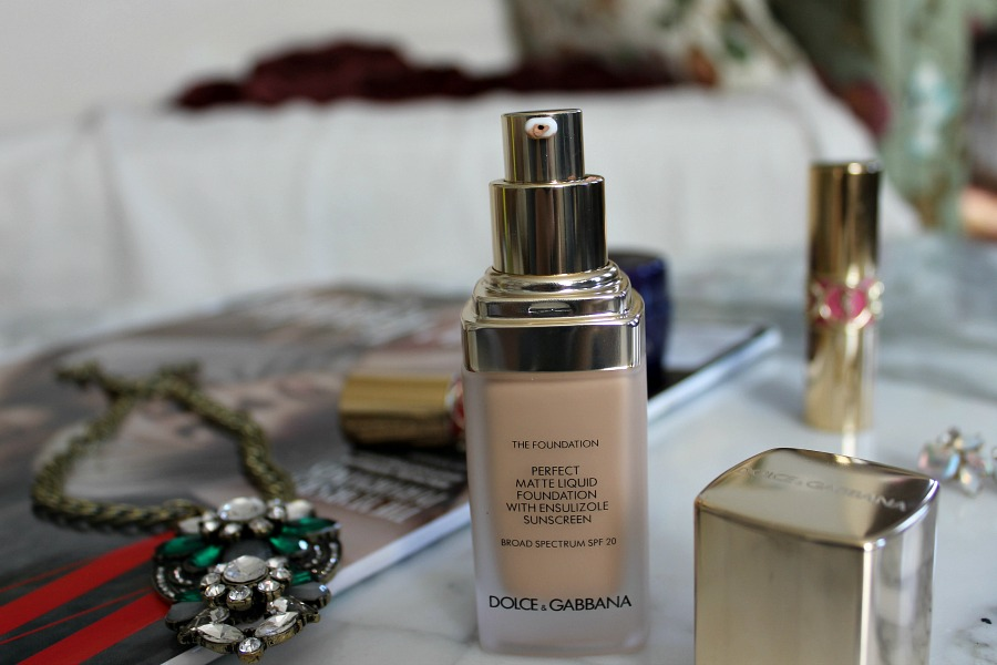 Dolce and Gabbana Foundation - Perfect Matte Liquid Foundation Review