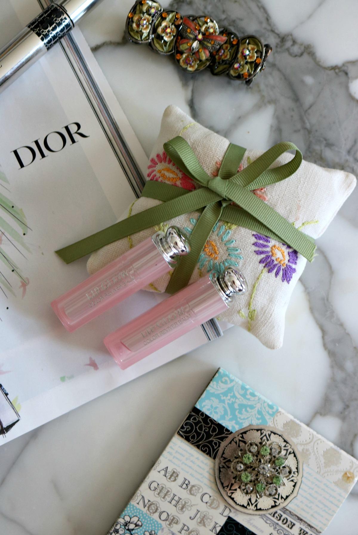 Dior Lip Glow Lipstick Review I DreaminLace.com #DiorMakeup #Dior #WinterBeauty