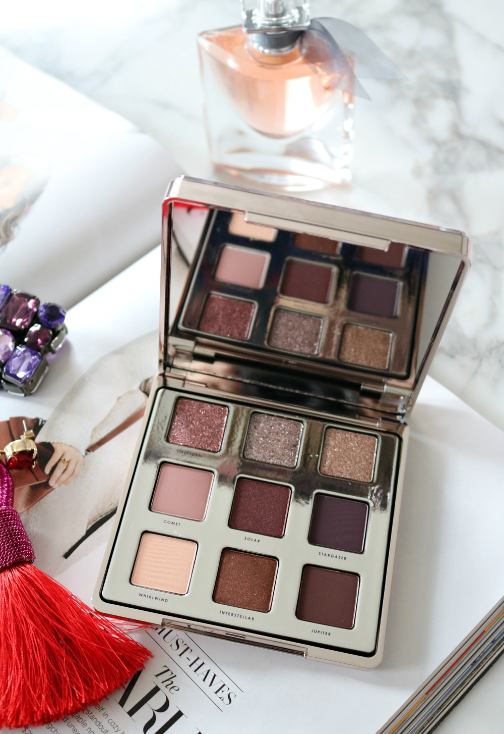 Ciate Glitter Storm Eyeshadow Palette Review I Holiday Makeup 2018 I DreaminLace.com #HolidayMakeup #Eyeshadow #Festive #Glitter