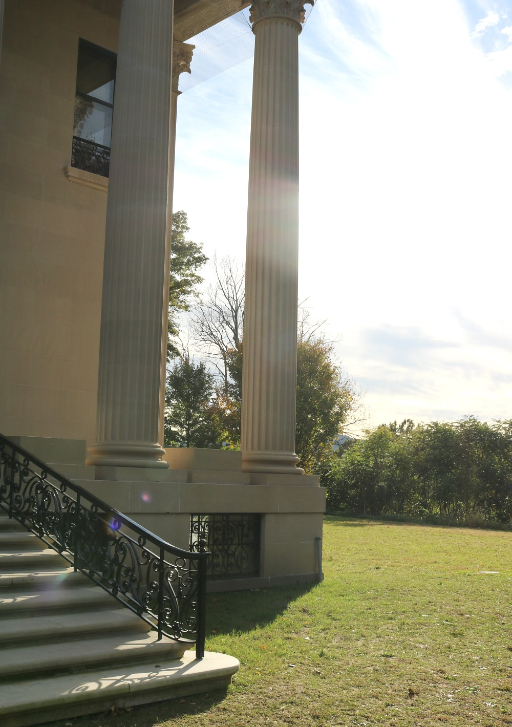 Vanderbilt Estate Tour in Hyde Park, New York I Travel Blog #Travel #NewYork #TravelBlog