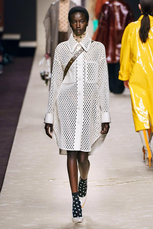 Best Milan Fashion Week Looks I Fendi Fall 2019 Runway #FashionWeek #HighFashion #MFW