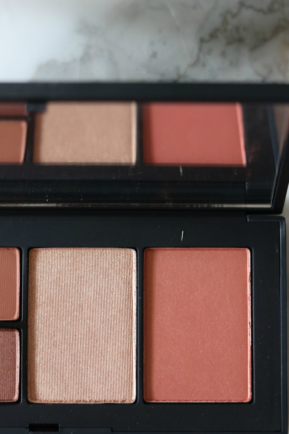 """NARS Fever Dream Palette in """"Wild Thing"""" Review I Dreaminlace.com #makeup #springmakeup"""