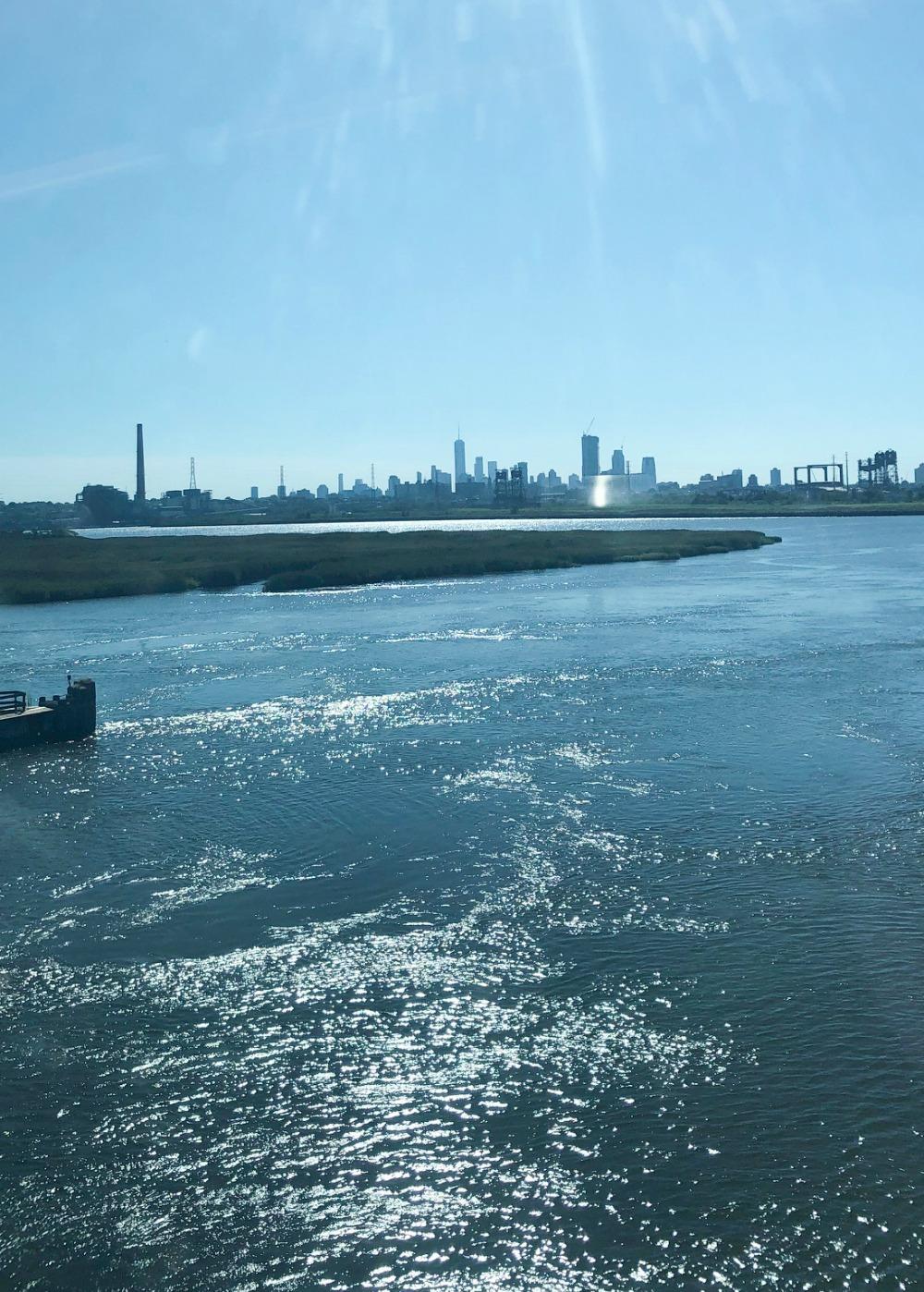 Jersey Photo Diary I Train Ride into New York City #Travel #TravelBlogger